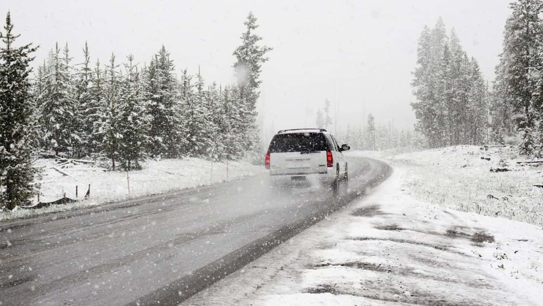 Reclamar accidente de tráfico por nieve o hielo