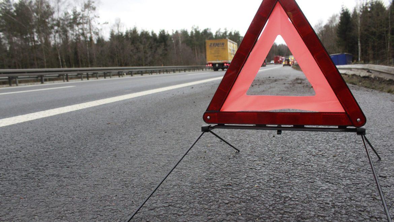 El uso de los triángulos de emergencia en accidente